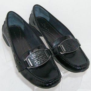 Tahari black patent leather slip on loafers 6.5M
